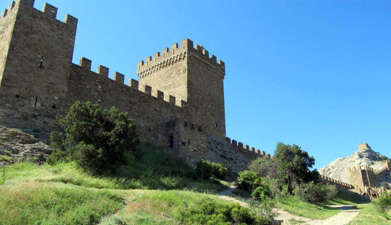 Генуэзская крепость в Судаке фото