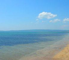 Золотой пляж в Крыму фото