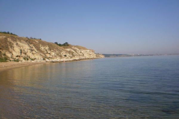 Пляж «Молодежный» в Керчи
